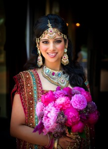 Indische Braut fotografiert beim Backpacking in Indien