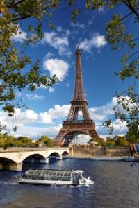 Au Pair in Frankreich am Eifelturm